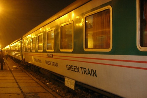 Green Express Train to Sapa