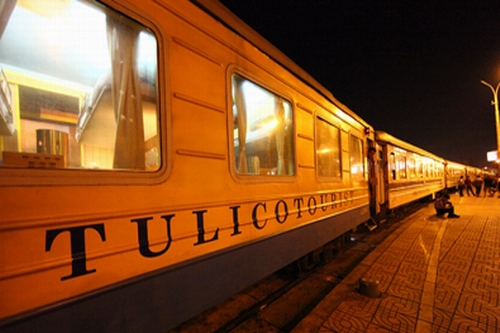 Tulico Express Train to Sapa
